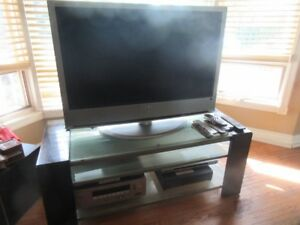 Sony 40 inch; flat screen tv with dvd , surround sound, receiver