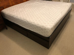 King Storage Bed Frame with 6 Drawers