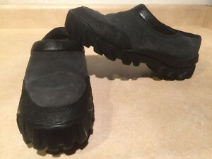 Men's Sorel Slip-On Shoes Size 7 London Ontario image 1