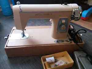 Deluxe Streamliner straight-stitch sewing  machine