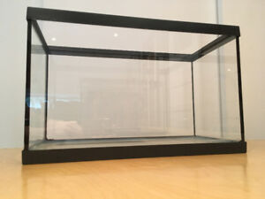 Aquarium for sale - about 4.2 gallons / 16 liters