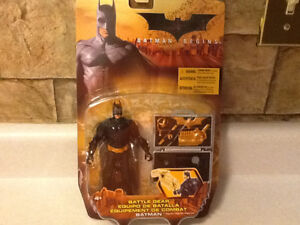 BATMAN BEGINS - BATMAN AND BATTLE GEAR FIGURE