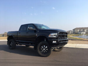 2014 Dodge Ram 3500 Laramie Black edition