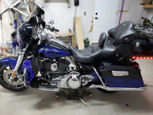 2011 CVO Ultra Classic Harley Davidson