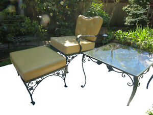 Lovely Vintage Rot Iron Patio Furniture - 5 pieces