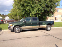 2000 Ford F-350 Super Duty Lariat Crew Cab Dually