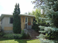 4 Bdrm HOUSE close to University & Downtown - Utilities Included