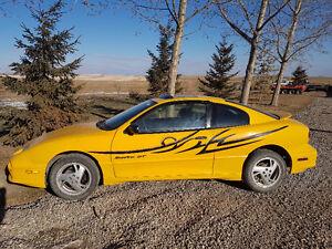 2002 Pontiac Sunfire GT Coupe (2 door)