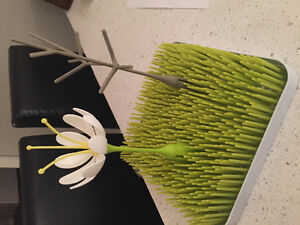Boon grass drying rack with twig & stem accessories