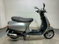 Piaggio ET2 50 vespa 2002 good running project spares or repair 50cc scooter 2T