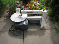 16'' DREMEL SCROLL SAW IN GREAT CONDITION