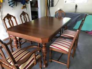 Antique Walnut Table And 6 Chairs