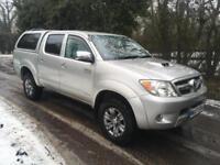 Toyota Hilux INVINCIBLE 3.0 D-4D DOUBLE CAB PICK-UP