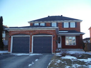 Renovated detached house in Southeast Barrie with HUGE backyard!