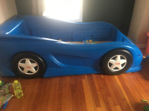 Twin car themed bed