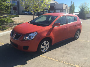 2010 Pontiac Vibe/ Toyota Matrix loaded