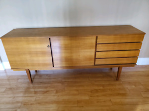 Vintage mid century sideboard in very good condition