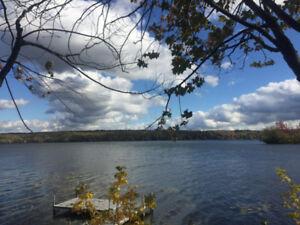 Chalet à louer directement sur le lac Magog