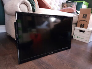34 inch Samsung TV with articulated wall bracket
