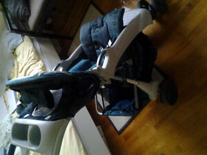 Stroller in excellant condition for sale. West Island Greater Montréal image 1