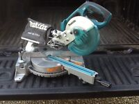 Makita 18v battery combination mitre saw.