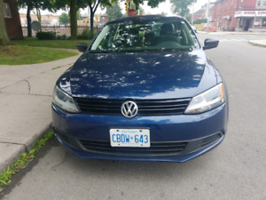 Clean 2011 Volkswagen Jetta 2.0 Safetied and Etested