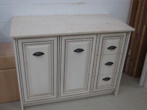 Antique Mocha Glazed Vanity
