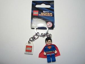 Lego DC Super Heroes #853430 Superman Keychain Minifig New