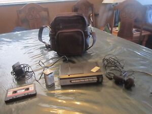 CASSETTE TAPE PLAYER/RECORDER, EAR PHONES & CARRYING CASE
