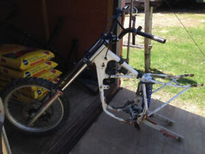1991 Honda CR80R Frame with several parts $225 package