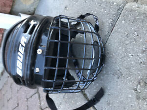 Kid's Bauer Hockey Helmet