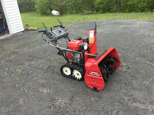 1132 HONDA SNOWBLOWER
