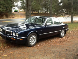 1999 Jaguar XJ8 Berline