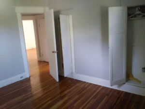5 room s  rent  dorchester weekly or nightly only