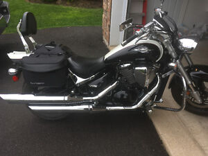 2009 Suzuki Boulevard M50 - Special Edition - only 7800kms