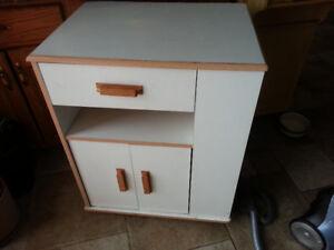Kitchen Cabinet / Island