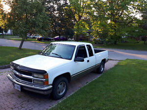 1998 Chevrolet C/K Pickup 1500 Base Pickup Truck