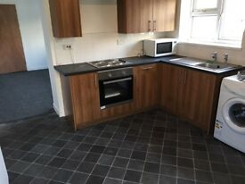 Newly refurbished spacious 2 bedroom flat in Swansea city centre
