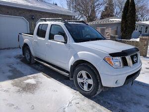 L@@K!! 2005 Nissan Frontier LE Crew Cab! Great Shape!