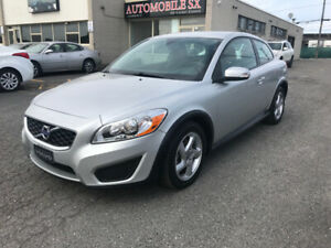 2012 VOLVO C3O IMPECCABLE