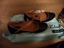 af29344487 Clarks black wide fit shoes 4