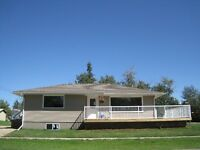 Beautiful 1180 sq/ft Bungalow near Camrose Excellent $207,000