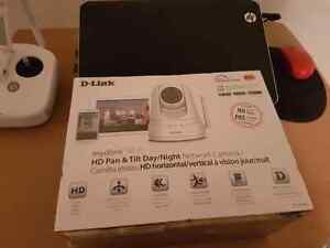 D-Link HD Pan and Tilt Day/Night home security camera