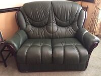 GIgli Italian leather suite electric recliner