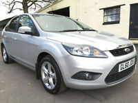 2010 60 Ford Focus 1.6 (100) Zetec 5 Door Met Moondust Silver