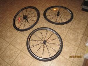 2 roue avant et 1 roue arriere neuf avec pneu pour vélo hybride