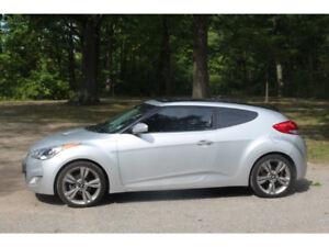 REDUCED: 2013 Hyundai Veloster Tech Package Hatchback