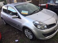 06 plate Renault Clio 1.4 petrol (newer shape) pan roof