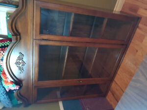 China cabinet top section FREE