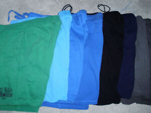 Mens Knit Shorts for Sale (11 pairs in sizes L,XL,XXL) Cambridge Kitchener Area image 1